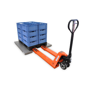 E-shaped or U-shaped: pallets can be loaded or unloaded using a pallet jack.