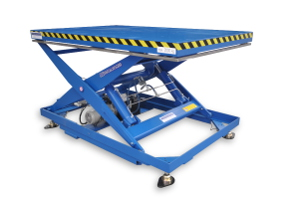 MS-20-15/14: single-scissor lift table in painted steel. Maximum load: 2000 Kg. Raised height: 1500 mm. Top platform: 1450 x 2250 mm. There is a scale installed to allow weight display. Up & down movements at two different speeds.