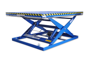MSAP-20-15/20: single-scissor lift table in painted steel. Maximum load: 2000 Kg. Raised height: 1500 mm. Top platform: 2000mm. x 2500 mm.