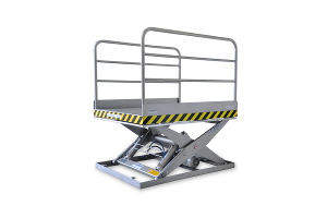 MSI 20-11-15: single-scissor lift table in 100% stainless steel. Maximum load: 2000 Kg. Raised height: 1100 mm. With side handrails.
